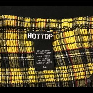 Hot Topic Tops - 90's style croptop